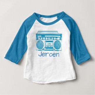 Ghettoblasterの青いレトロのイラストレーション ベビーTシャツ