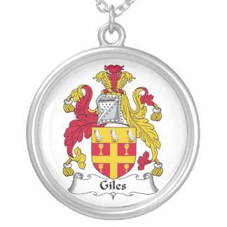 Gilesの家紋 シルバープレートネックレス