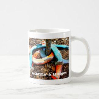 Gimme信号器の蹄鉄のピッチングのギフト コーヒーマグカップ