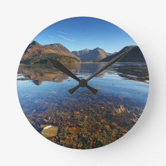 GlencoeおよびBallachulish、スコットランド ラウンド壁時計