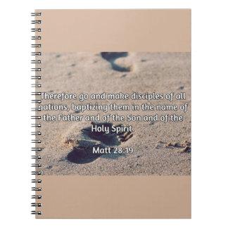 """Godly引用文: マットの28:19 -- """"作って下さい弟子""""を ノートブック"""