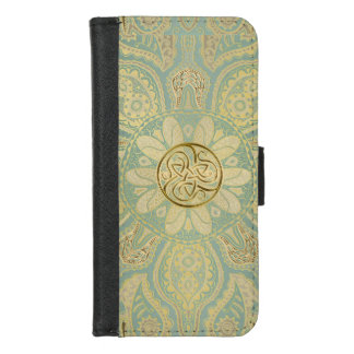 Gold Celtic Triskele Mandala iPhone Wallet Case iPhone 8/7 ウォレットケース