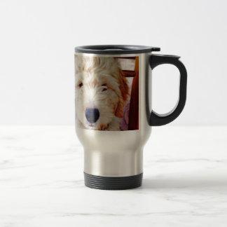 Goldendoodleの子犬 トラベルマグ
