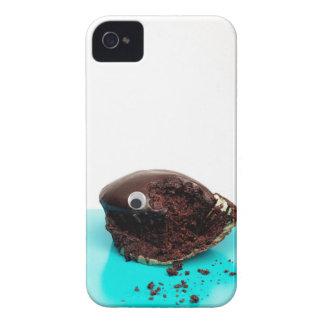googly目が付いているカップケーキ Case-Mate iPhone 4 ケース