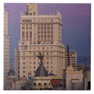 Granを経ておよびEdificioエスパーニャ2に沿う建物 タイル