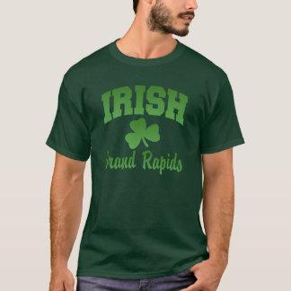 Grand Rapidsのアイルランドの女性黒いTシャツ Tシャツ
