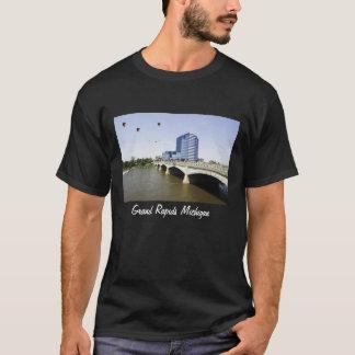 Grand Rapidsミシガン州 Tシャツ