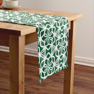 Green and White Large Scale Pattern Table Runner ショートテーブルランナー