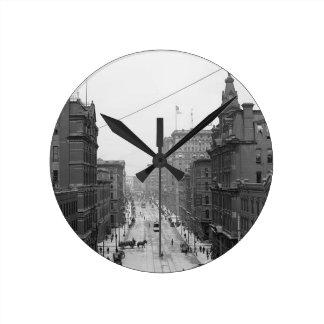 Griswoldの通り、デトロイト、Mich 1906柱時計 ラウンド壁時計