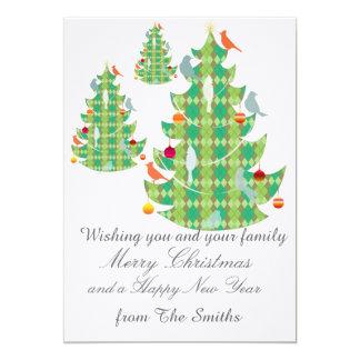 Grouponの格子縞パターンクリスマスツリーおよび鳥 カード