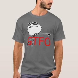 GTFOは人の激怒の顔の漫画のミームを出します Tシャツ