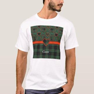 Gunnの一族の格子縞のスコットランド人のタータンチェック Tシャツ