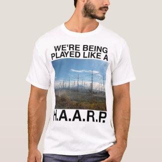 HAARPの陰謀論のTシャツ Tシャツ