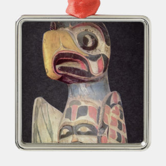 Haidaの「雷鳥」の彫像(色彩の鮮やかな木) メタルオーナメント