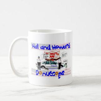 Halおよびハワードドーナツ警察官のマグ コーヒーマグカップ