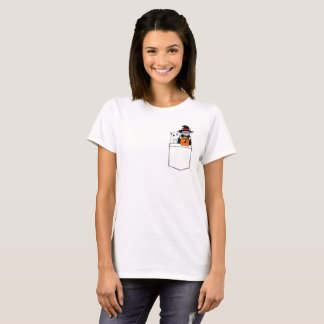 Halloween Funny Cats in The Pocket Tシャツ