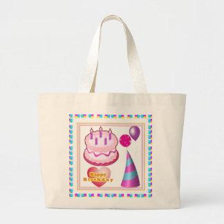 HappyBIRTHDAYのケーキの気球nの文字 ラージトートバッグ