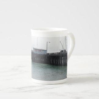 Harford桟橋、港San Luis、アビラの概観 ボーンチャイナカップ