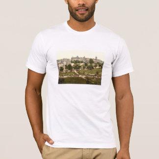 Harrogate、ヨークシャ、イギリス Tシャツ