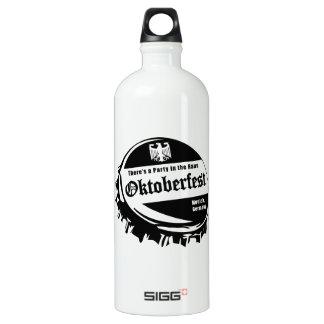 Hausのオクトーバーフェストのパーティ ウォーターボトル