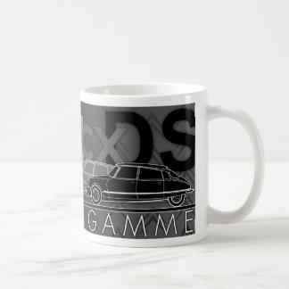 """""""Haute de Gamme""""図解入りの、写真付きのなシトロエン車のマグ コーヒーマグカップ"""