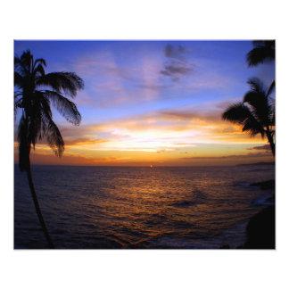Hawaiinの日没のPoipuのビーチ フォトプリント
