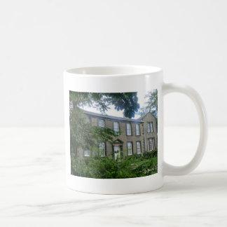 Haworth、ヨークシャのBronteのParsonage コーヒーマグカップ