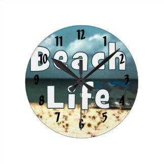 hdrの椅子のビーチumbrella.jpgとのビーチの生命 ラウンド壁時計