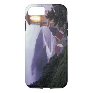 Hecetaのオレゴンの海岸の霧深い日 iPhone 8/7ケース