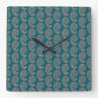 Heffalumpsの赤く青いベージュペイズリーの柱時計 スクエア壁時計