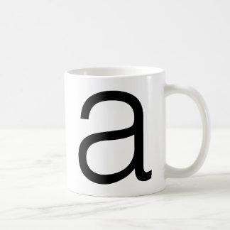 "Helvetica ""a""のマグ コーヒーマグカップ"