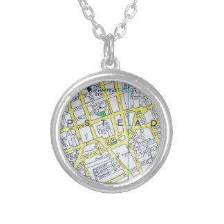 HempsteadのNYのヴィンテージの地図 シルバープレートネックレス