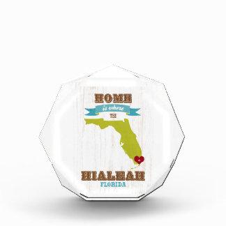 Hialeahのフロリダの地図-ハートがあるところでがあります家 表彰盾