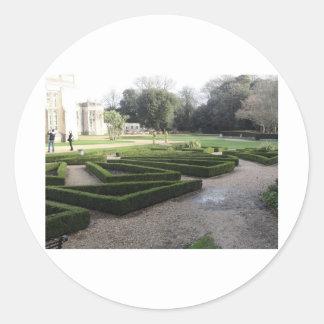 Highcliffeの城の庭、ドーセット ラウンドシール