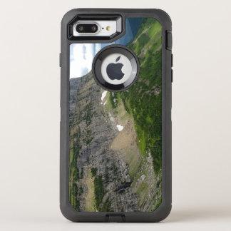 Highlineの道のグレーシャー国立公園モンタナ オッターボックスディフェンダーiPhone 8 Plus/7 Plusケース