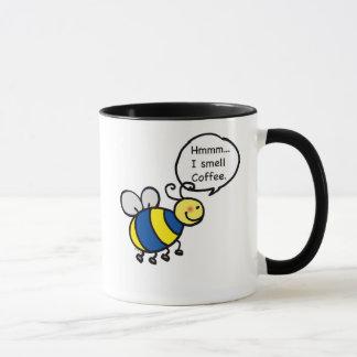 Hmmm… 私はコーヒーをかぎます マグカップ