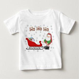 Ho Ho Hoサンタのそりの幼児の白のTシャツ ベビーTシャツ