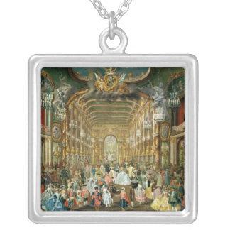 Hoftheaterの仮装舞踏会、ボン1754年 シルバープレートネックレス