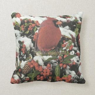 Holiday Cardinal Decorative Pillow クッション