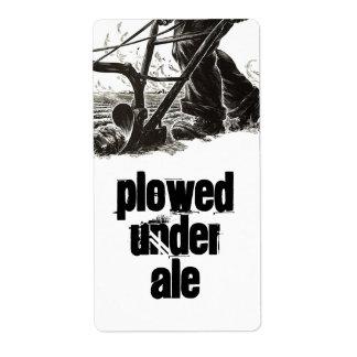 Homebrewingはエールのラベルの下で耕されるビールを供給します ラベル