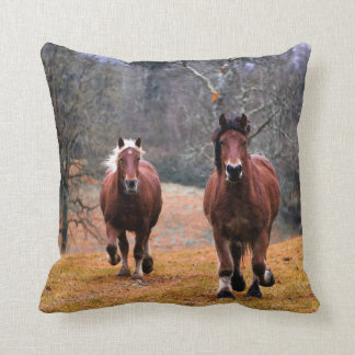 Horse Throw Pillow クッション