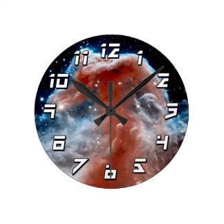 Horseheadの星雲の赤外線-ハッブルの宇宙の写真 ラウンド壁時計