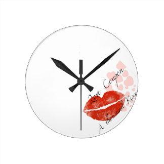 hotgirlが付いている美しいの赤い口紅 ラウンド壁時計