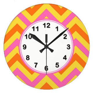 HotPinkのパイナップルカボチャLGシェブロンジグザグパターン ラージ壁時計