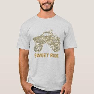 HotWheelsの入れ墨の芸術のデザイン金ゴールドの調子 Tシャツ