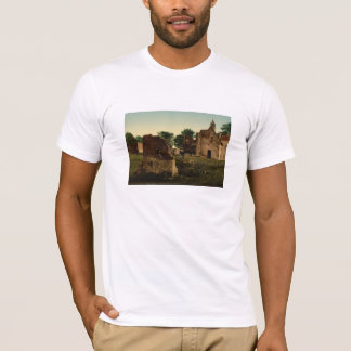 Hougoumont、ウォータールー、ベルギーの井戸 Tシャツ