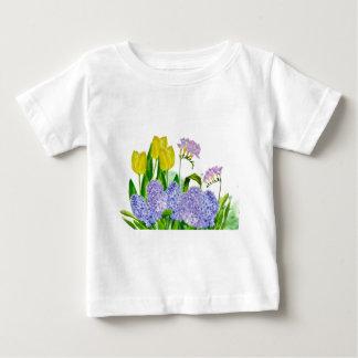 Hyacinthおよび黄色いチューリップ ベビーTシャツ