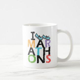Iつはマラソンを走ります! コーヒーマグカップ