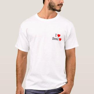 Iハートのシールのハート Tシャツ