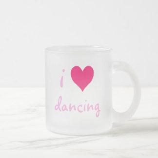 Iハートの踊ること フロストグラスマグカップ